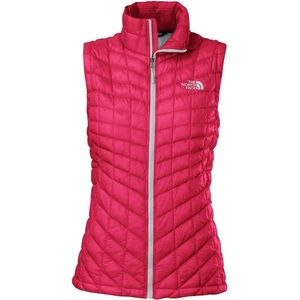 North Face hot pink vest size XL